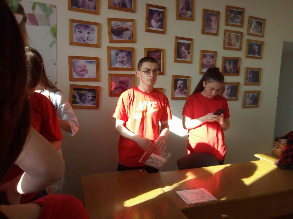 Новоградські студенти-медики провели QR-квест з англійської мови до Дня Європи, фото-9