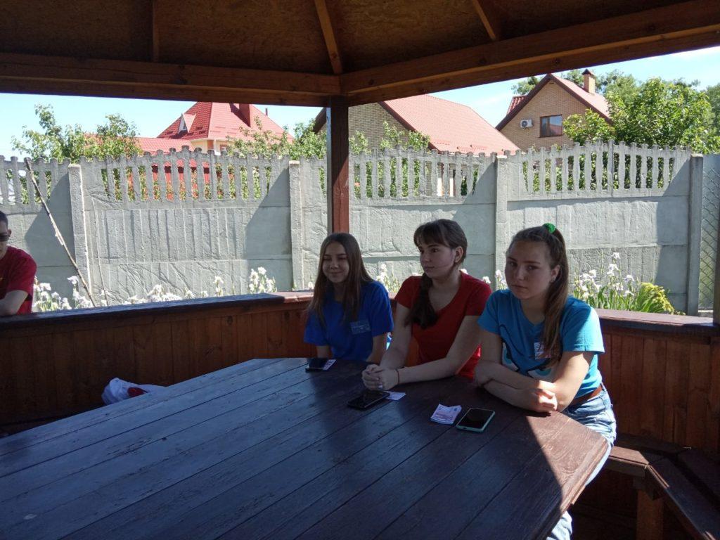 Новоградські студенти-медики провели QR-квест з англійської мови до Дня Європи, фото-13