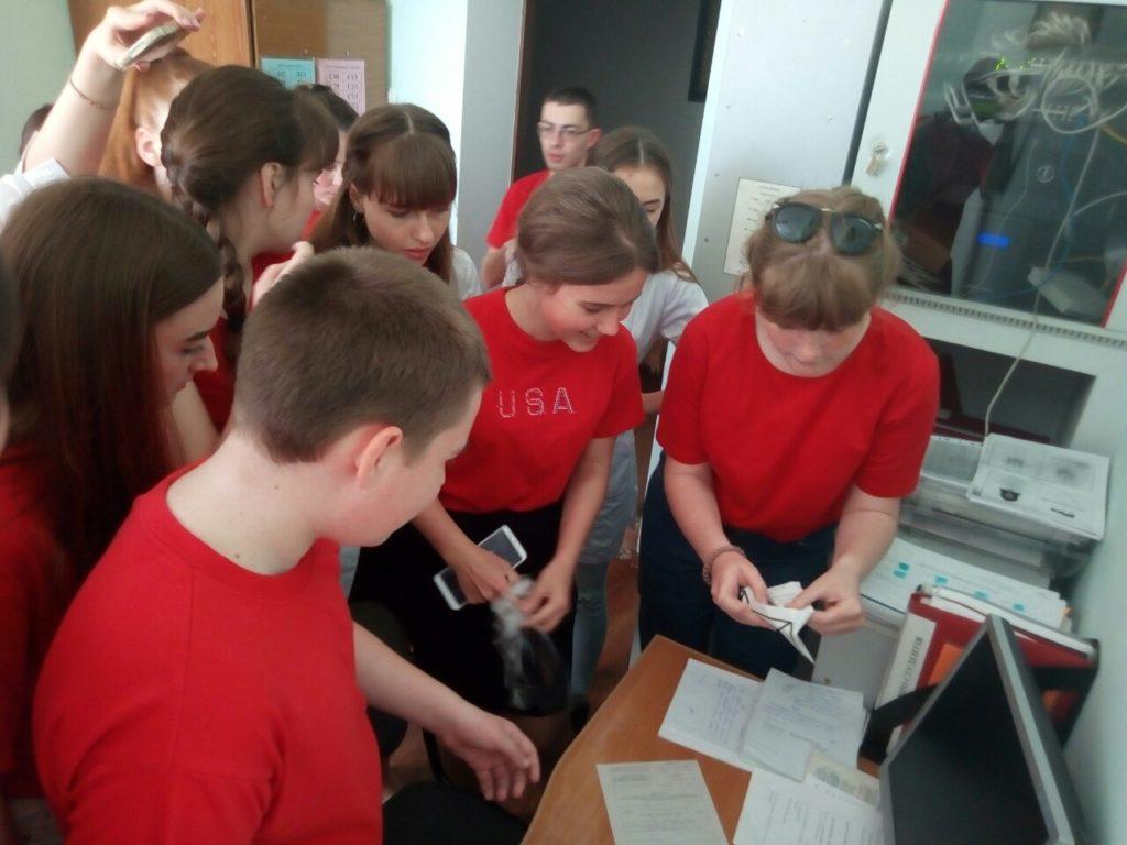 Новоградські студенти-медики провели QR-квест з англійської мови до Дня Європи, фото-12